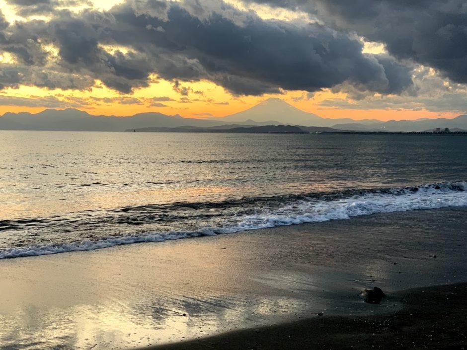 江ノ島から見た富士山