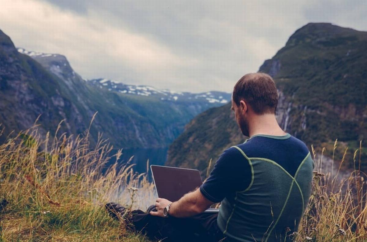 ブログ開業と働く場所